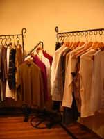 着物地を利用した衣服やエプロン